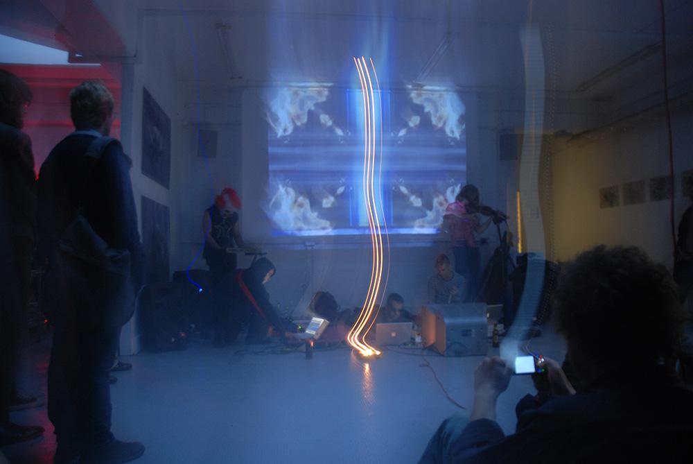 Urbanomic Events: Concept-Horror, 7 June 2008, Divus, London - performance by Patricide