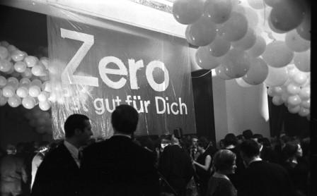 1-zero-mitternachtsball-bahnhof-rolandeseck-1966-inhaltsbild_orig